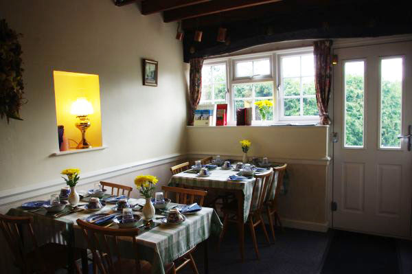 Breakfast Room, Tythe Barn House, Bed and Breakfast near Alton Towers